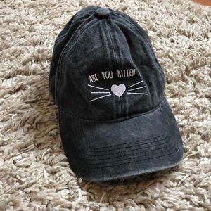Torrid Hat